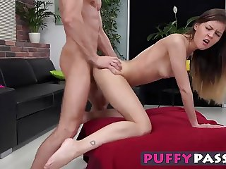 Sexy chick Yvonne loves having a big dick in her mouth