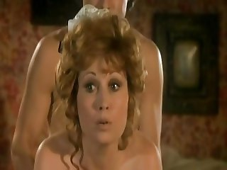 Marion Game  french actress -Scenes de menages