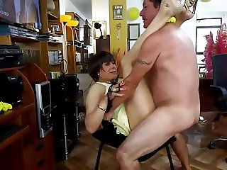 NICOLE RECEIVING THE NEW YEAR IN ANAL ORGY