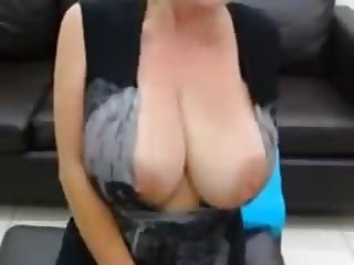 HUGE MASSIVE NATURAL WEBCAM BOOBS