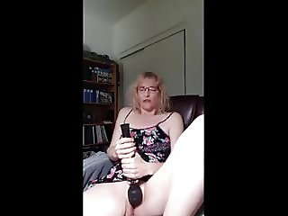 mature milf loves watching porn and masturbating
