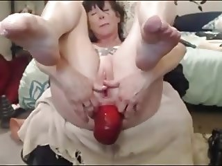 Huge Prolapse On Cam