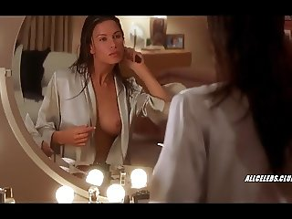 Rhona Mitra in Hollow Man