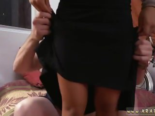 girl blowjob first time Desert Rose,