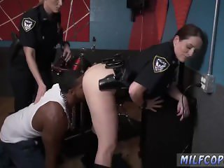 Muscular milf first time Raw  captures
