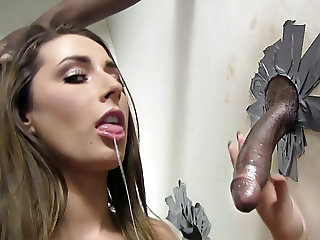 Booty Paige Turnah Sucks Big Black Cock - Gloryhole