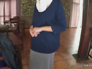 Arab wife cheating Hungry Woman Gets Food
