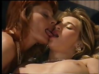 Sandrine Mateu and Laura Valerie pissing and fisting