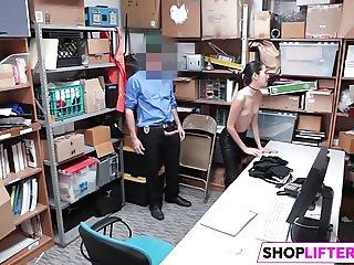 Shoplifting Teen Choose Cock Over Cops