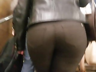Hot round ass of booty beauty