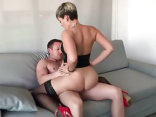 Short hair cute Girl like to ride