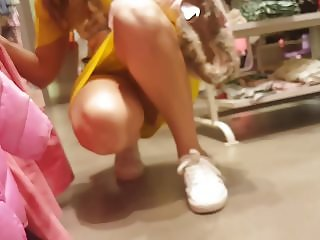 upskirt turkish teen