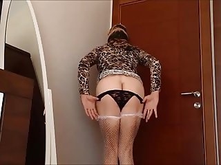 Sexy Turkish Girl Ayse (Sexy Mature Ass)