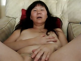 i get ass fucked cucumber fingers  and cum on pussy for frie