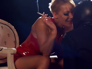 Mistress LouLou dominates her slave with her smoke