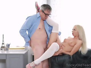 Old man tastes juicy pussy of a blonde student