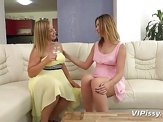 VIPissy-blondes get each other off and taste their warm piss