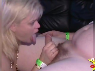 RWG Extremely Wild: BACKSTAGE PARTY SLUTS EATING PUSSY ON TOP OF TOUR BUS