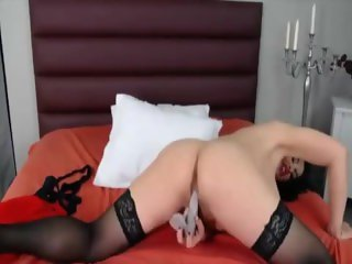 Hot mysterious with nice big ass and Italian accent