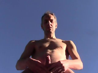 HOT NICE CUM OUTDOOR IN PUBLIC - HOMEMADE AMATEUR SOLO DILF NAKED HARD COCK