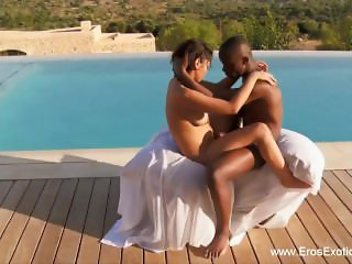 African Lust Explored Outdoors