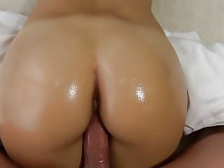College Teen Wakes up to Thick Cock