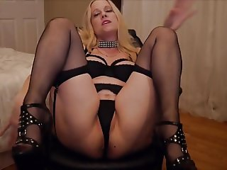 Mommy wants to be my Fucktoy