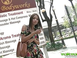 Tuk Tuk Patrol - Sexy Thai girl takes on big white cock