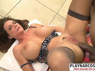 Big assed Not Mom Deauxma Gives Titjob Well Touching Stepson