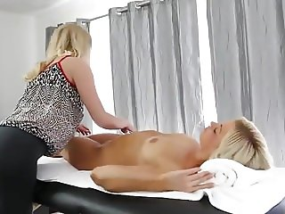 Mom Gives A Sensual Sexy Massage