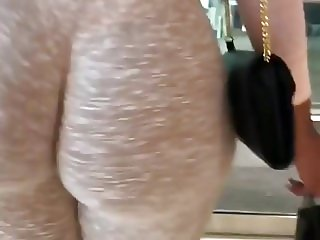Arab big round ass