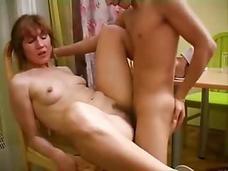 MILF RUSSIAN BEAUTY FUCKS YOUNG BOY