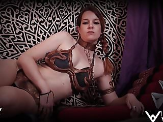 When Slave Leia is bored waiting Jabba