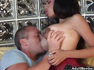 Big Tits Ebony Babe Knows How To Suck n Fuck