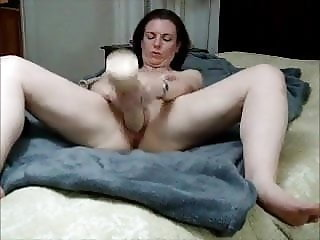 Beautiful milf huge dildo and squirt
