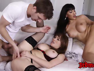 Busty MILF foursome fucking until climax