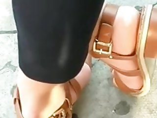 Candid feet --- Pakistani brunette at bus stop