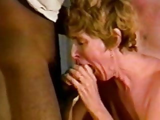 Homemade mature interracial 3some