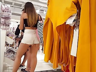 Candid voyeur big beautiful ass teen shopping brazilian