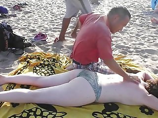 Topless Beach Massage in New York