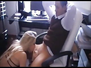 Hot amateur blonde fucked in office