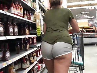 Fresh Booty Teen Pawg in Booty Shorts Preview