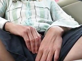 Mature Milf Masturbate in Car
