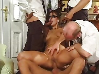 Naomi Walker - Gangbang Party