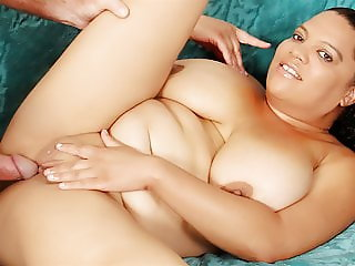 BBW Lady Spice Loves Fucking Older Guy
