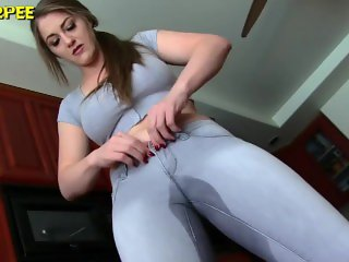 Desperate to pee girls pee their tight jeans and wetting panties 2018