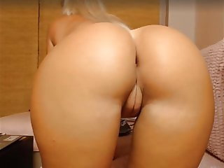 Very sexy young ass