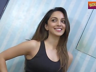 Indian Beauty In Jeans Ass Show