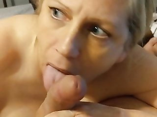 Sexy parTy wife