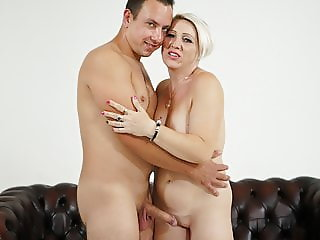 Chubby mature loves younger guys